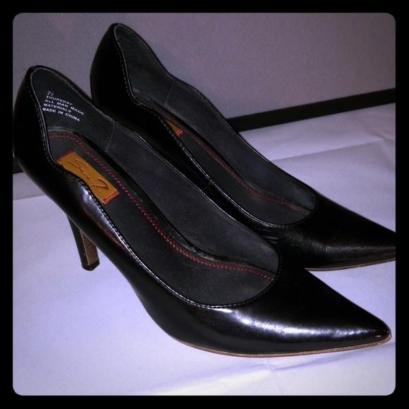121bd30150 Seven7 Shoes | Black Patent Leather Pumps Size 75 | Poshmark
